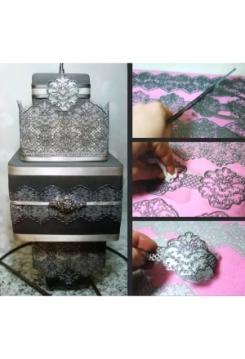 Cake Lace Damask