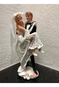 Bräutigam trägt Braut 22x12cm