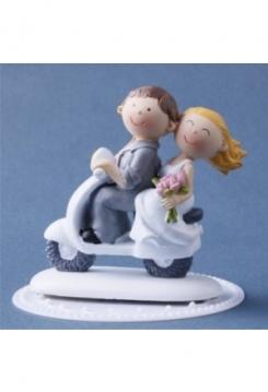 Vespa Hochzeitspaar