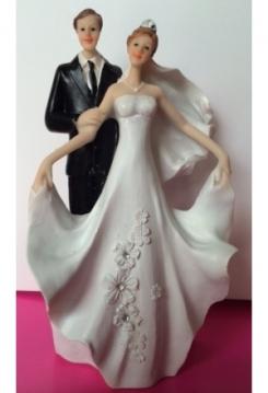 Brautpaar mit Blumenkleid